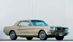 Ford Mustang 35