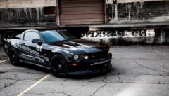 Ford Mustang 82